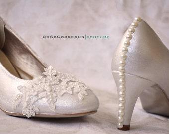 Ivory wedding shoes Ivory bridal shoes Ivory low heels Ivory wedding heels Ivory lace wedding shoes Lace wedding shoes Ivory heels