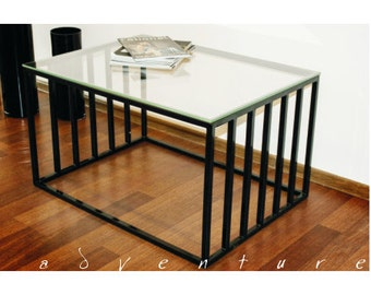 Coffee table cage adventure, glass table
