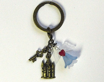 Key ring with fairytale Castle, lovebirds, or heart - magic commemorative gifts for your wedding!