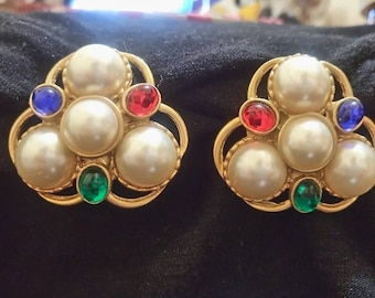 Vintage Emma Page gold clip on earings circa 1980 1990.