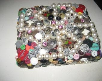 Buttons & Pearls Treasure Box / Cigar Box / Coin Box / Jewelry Box