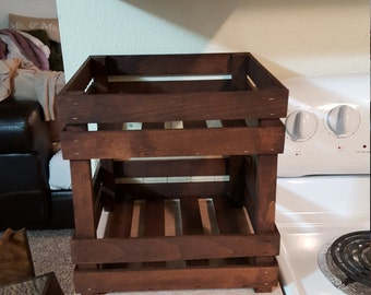 Counter top fruit and vegetable storage stand