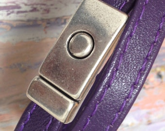 Bracelet double Tower in violet leather and clasp magnet