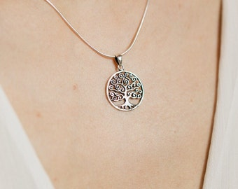 Round silver tree of life pendant, Sterling Silver chain, Silver pendant,  silver necklace, 925 silver, Boho jewelry (P 7)