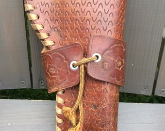 Leather Western Six Shooter Pistol Holster - Flowers and Horse Shoes