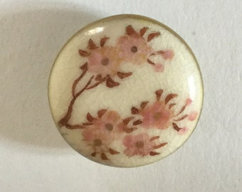 Pink Flowers Flowering Tree old Satsuma Button