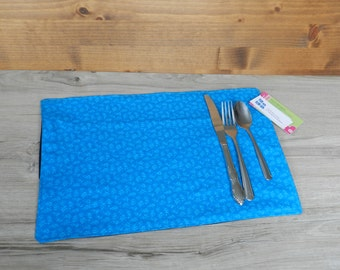 Small doily, doily for child, doily lunch, placemat, blue jeans