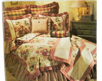 Butterick B4564 Sewing Pattern Home Comforter Pillow Sham Bet Set Uncut Free Shipping in the U.S.