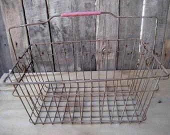 wire basket/metal basket / basket industrial/rusty metal