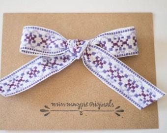 Vintage ribbon    purple