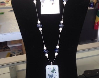 Butterfly necklace w/ matching earrings