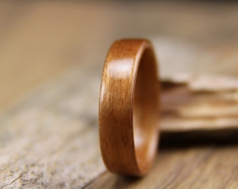 Classic Cherry Bentwood Ring - Handcrafted Wooden Ring