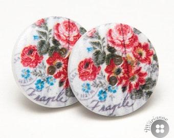 wood button earrings red flowers - boucles d'oreille en boutons de bois fleurs rouges
