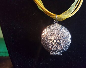 Circle Locket necklace