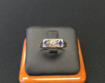 14K White Gold Vintage Filigree Ring