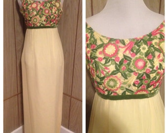Vintage 60's 79's embroidered maxi dres - lined - xs