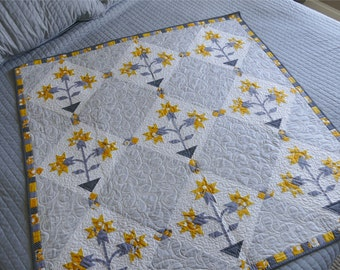 Daffodils Quilted Wallhanging