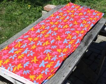 Vintage Marimekko fabric Red Blue Yellow Fujiwo Ishomoto Design TANSSIT 1979 Cotton Fabric Finnish Design Scandinavian Textile
