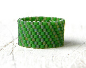 Green beaded ring Green band ring Wide green ring Seed bead ring Peyote ring Unusual ring band Modern ring style Seed bead jewelry Cute ring