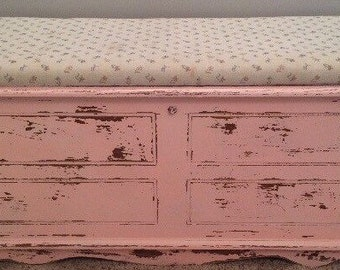 SOLD.....,,Vintage Shabby Chic Hope Chest