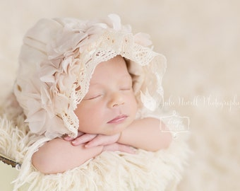 Baby Bonnets, Lace Bonnet, Newborn Photo Prop, Lace Bonnet, Floral Bonnet, Ivory Bonnet, Cream Bonnet, Baby Hat, Newborn Props, Photo prop