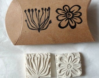 Set of 2 pads rubber engraved hand #5