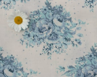 Tilda fabric FQ / Painting Flowers / Limited Edition / Summer Floral Blue on White / Fat quarter