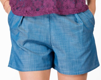 Casual Pants, 90s Denim Shorts, Short Jeans, Blue Jean Shorts, High Waisted Shorts, Summer Shorts, Short Jeans, Pleated Shorts, Beach Shorts