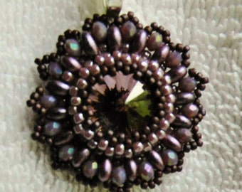 bezeled swarovski crystal rivoli Superduo and 15/0 taho seed beads