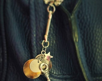 Silver key & star purse charm with accents