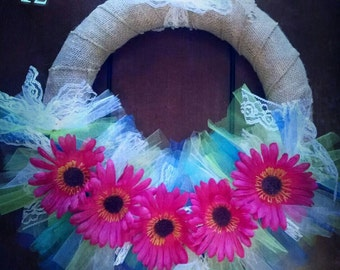 NEW!!  Decorative summer wreath, made to order. Pick your design & Make it your own.