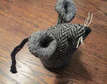 Handmade 100% Tweed mouse - Name: 'Penelope'