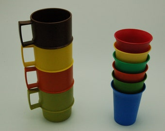 Vintage Tupperware Cup and Mug Collection
