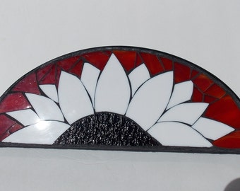 Wall Art of a Mosaic Flower for Your Entry Way created using Stained Glass