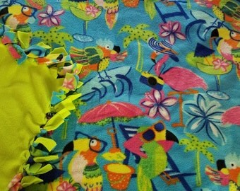 NEW Fun Flamingo/Parrot/Island print Fleece Tie Blanket