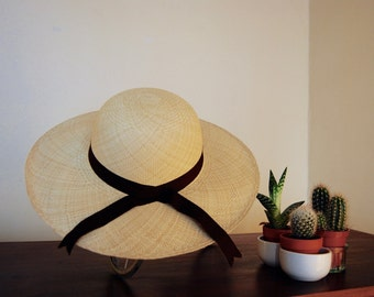 Quito Panama Hat made in Montecristi, Ecuador