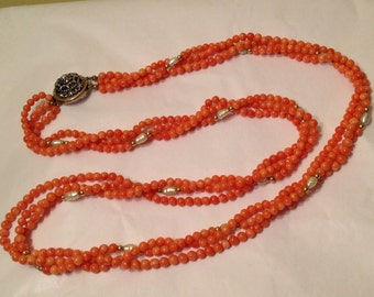 Coral necklace with pearls, gold beads, antique lock