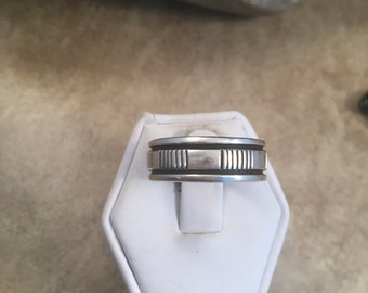 Vintage Navajo Sterling Silver Band Ring Size 9