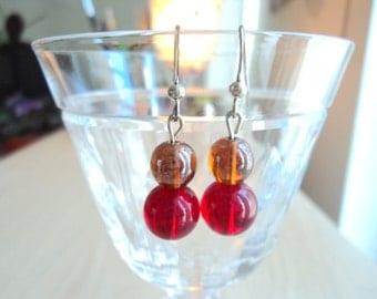 Earrings retro style glass. Dangling earrings, semi-longue. Earrings red and Brown.