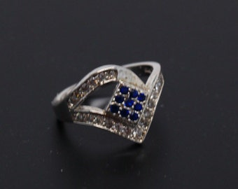 Sterling Silver with Blue & Zircon Diamond Shaped Ring Size 6.5