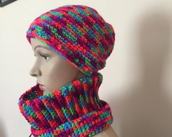 colorful cowl and hat for kids,