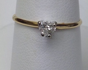 14K Yellow Gold Heart Shaped Diamond Engagement Ring .20 ct Size 7.5