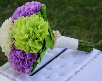 Custom Paper flower bouquet, Hydrangea Paper Bridesmaid or Bridal Bouquet, Paper wedding Bouquet- Alternative Wedding Flowers