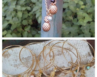 Gold Pineapple Bangle & Necklace Set