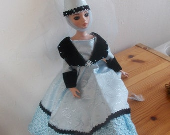Medieval dress for ellowyne