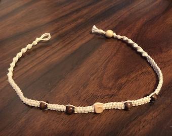 Simple Bead Hemp Necklace