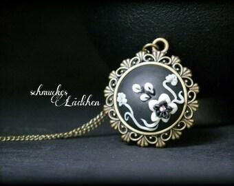 "Antique bronze chain ""Flora"""