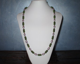 Lilac and green long necklace
