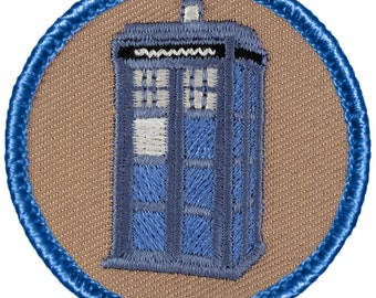 "2"" Diameter Embroidered Tardis Police Box Patch"