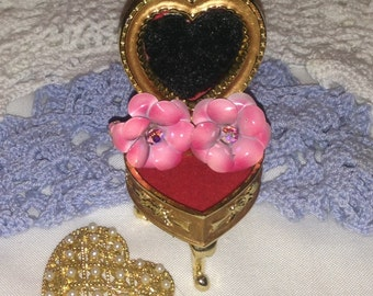 Vintage Coro Pink Flower Clip Earrings